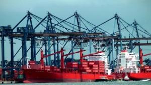 cargo-dock